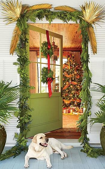 How-to-Decorate-Your-Naples-Florida-Home-for-the-Holidays1.jpg