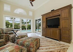 What-matters-most-in-your-Naples-Living-Room_.jpg